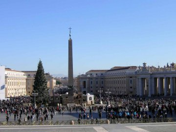 Vatikanischer Obelisk, Petersplatz, Rom