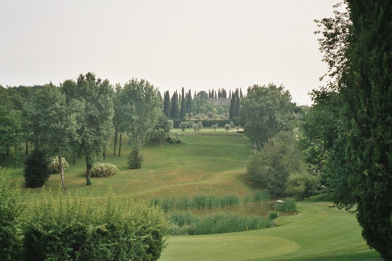 Golfplatz am Gardasee, Italien