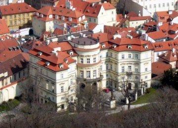 Deutsch Botschaft, Prag