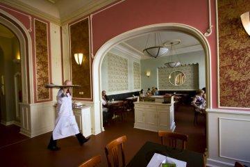 Cafe Louvre - Photo by Jan Prerovsky