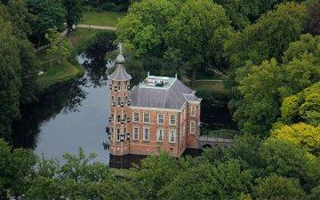 Bovigne, Holland