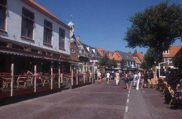 Domberzg, Holland