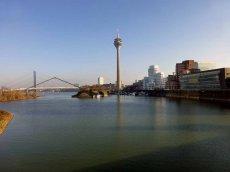 Gehry Bauten Düsseldorf Medien Hafen