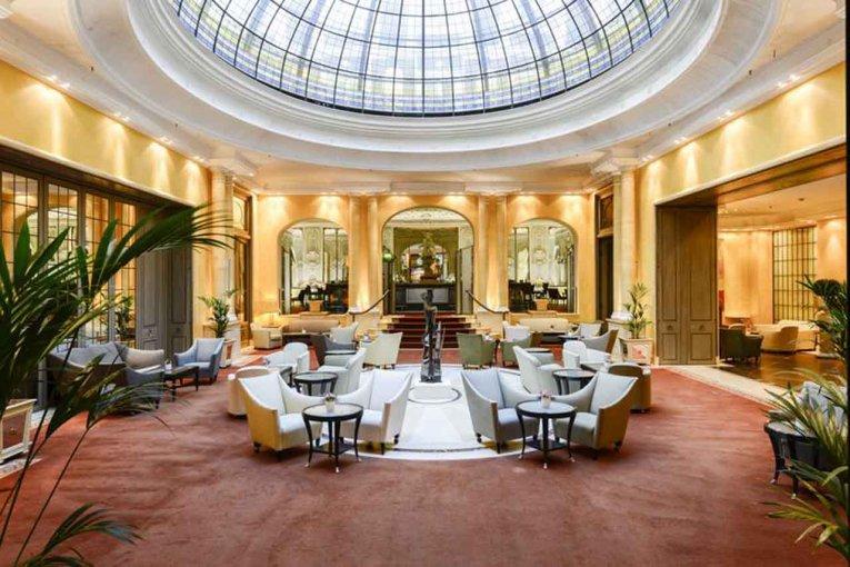Atrium, Hotel Bayerischer Hof, München, Deutschland