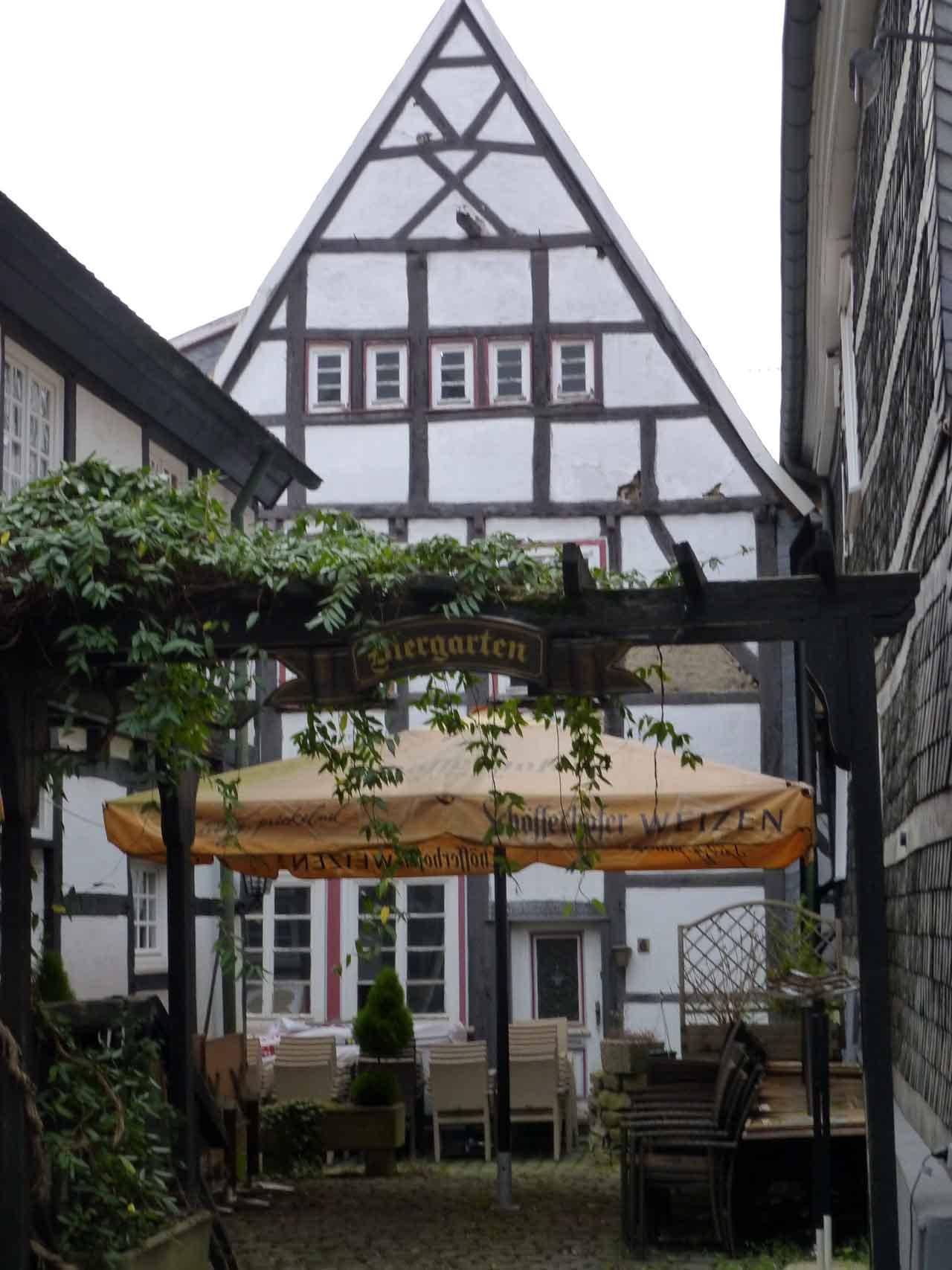 Golfreisen - Nordrhein-Westfalen - Hattingen - im Ruhrgebiet | OnGolf