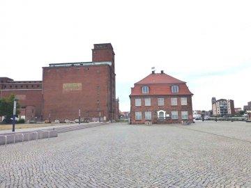 Baumhaus - Alter Hafen Wismar - Mecklenburg-Vorpommern - Deutschland