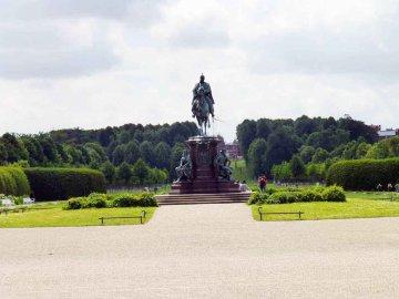 Reiterstandbild - Schwerin