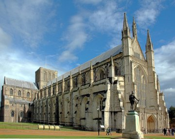 Winchester_cathedral