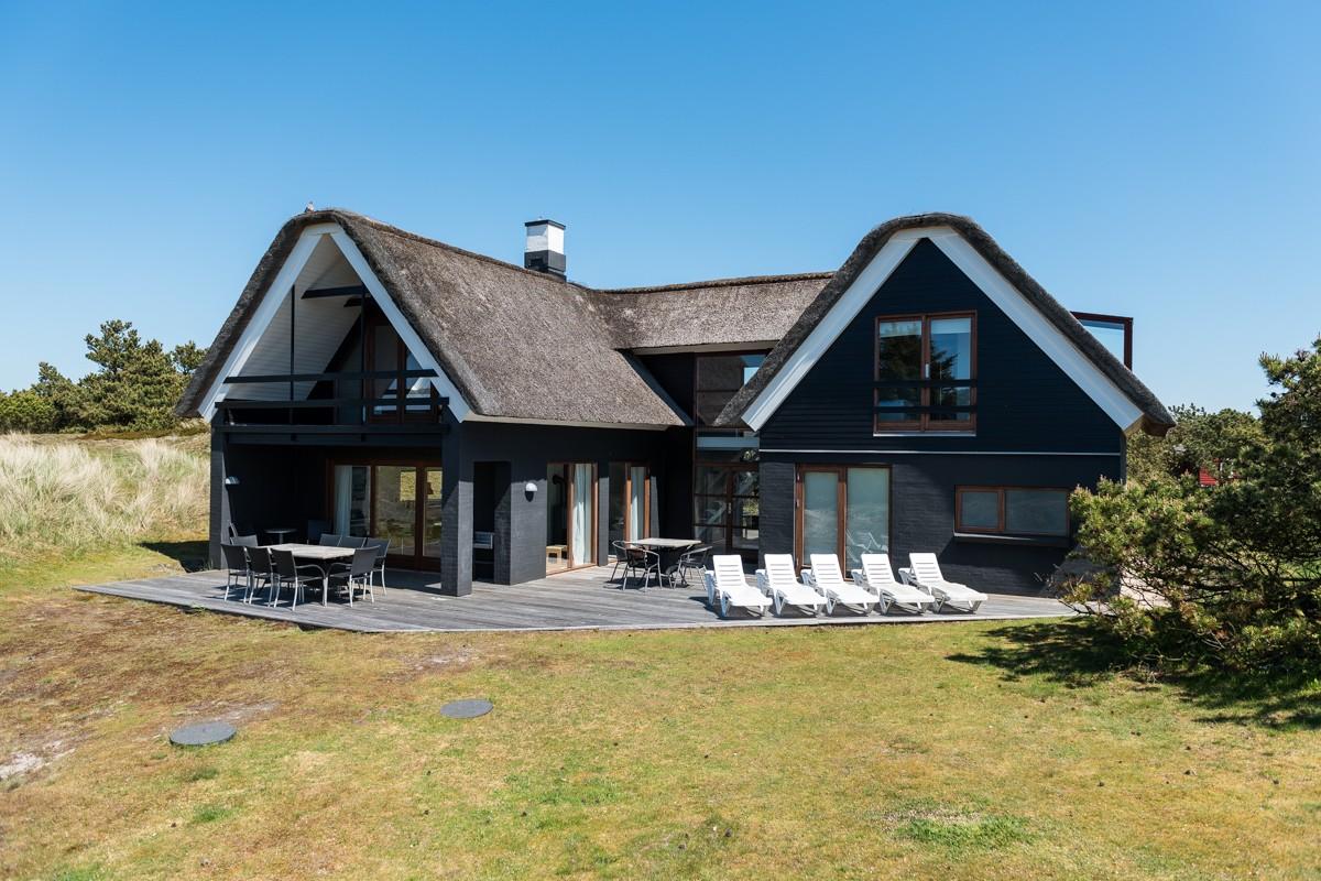 golfreisen nach d nemark mit admiral strand feriehuse preisg nstig h user mieten ongolf. Black Bedroom Furniture Sets. Home Design Ideas