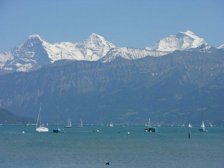 """Schweiz - Berner Oberland - Thunersee mit """"Dreigestirn"""""""