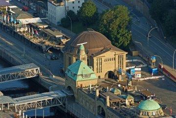 Hamburg - Eingang Alter Elbtunnel